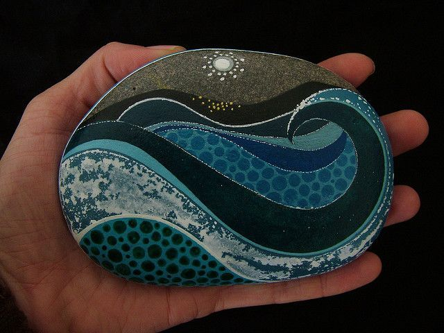 Painted rock - love this ocean waves design with the mixed patterns, and the skillful execution!