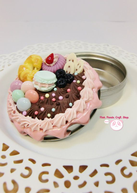 Sweet clay decoden croissant and macaron tin by pinkpandacraftshop,