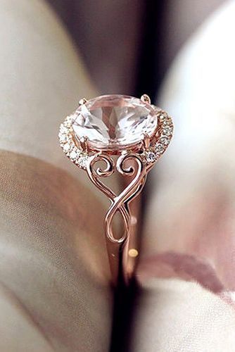 18 beautiful engagement rings that only look expensive - Wedding Rings Pinterest
