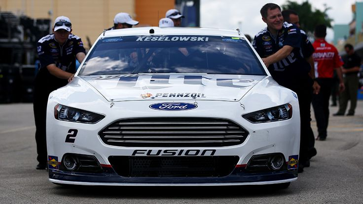 Edsel Ford II says no Ford battling for NASCAR Championship in Ford Championship Weekend at Homestead https://racingnews.co/2015/11/21/no-ford-battling-in-ford-championship-weekend/ #ford
