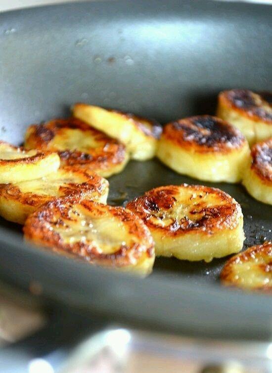 Bananas with Honey and cinamon