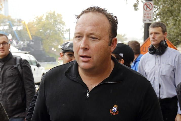 """Alex Jones Suffers Defeat In Custody Hearing  """"Mr. Jones is like a cult leader,"""" the conspiracy blogger's ex-wife told the jury. """"And we've seen the horrific damage cult leaders do to their followers."""""""