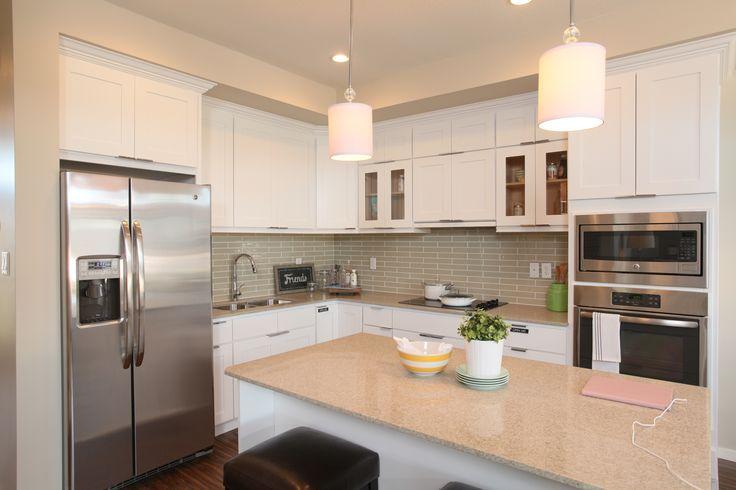 #kitchen #breatheinterior #whitecabinets #quartzcountertops #skyeyql
