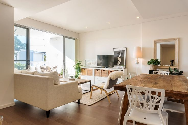 Entire Lux Home In Sydney Hotspot - Apartments for Rent in Alexandria - Get $25 credit with Airbnb if you sign up with this link http://www.airbnb.com/c/groberts22