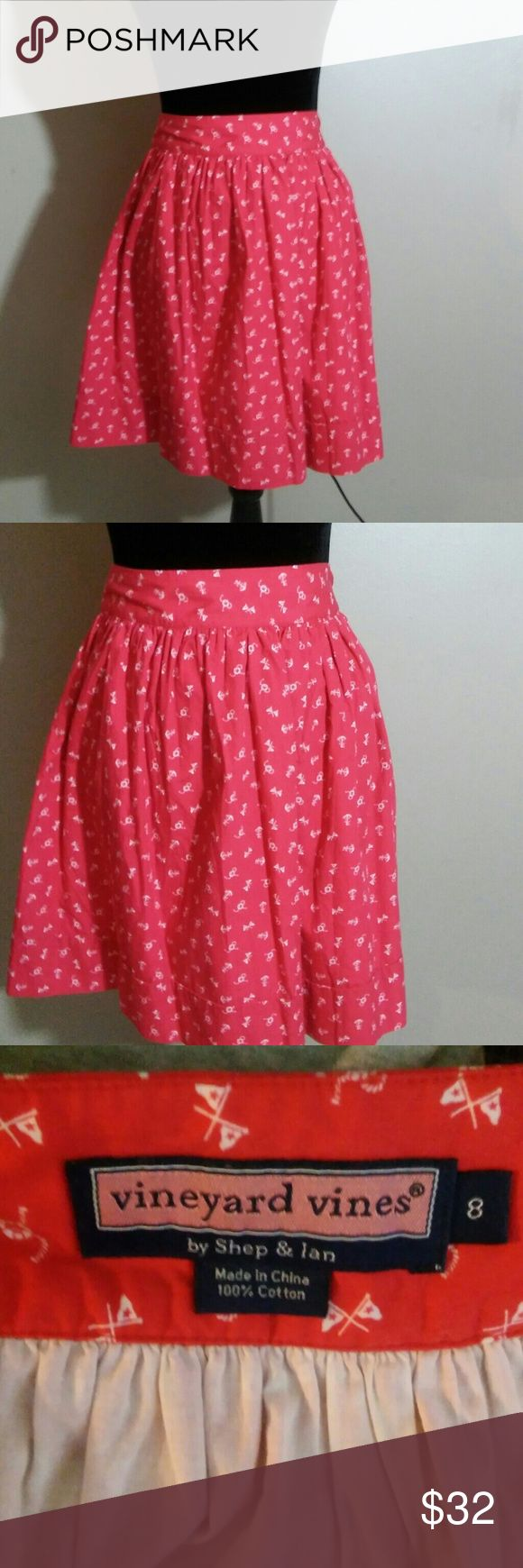 "Vineyard Vines Womens Sz 8 Nautical Skirt EUC Like-new condition, made in China, 100% cotton, 32"" waist and 19"" in length, Red color Vineyard Vines Skirts Circle & Skater"