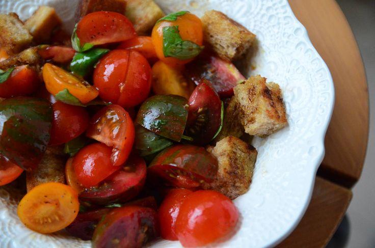 Rajčatový salát s grilovanými krutony | Viva Italia