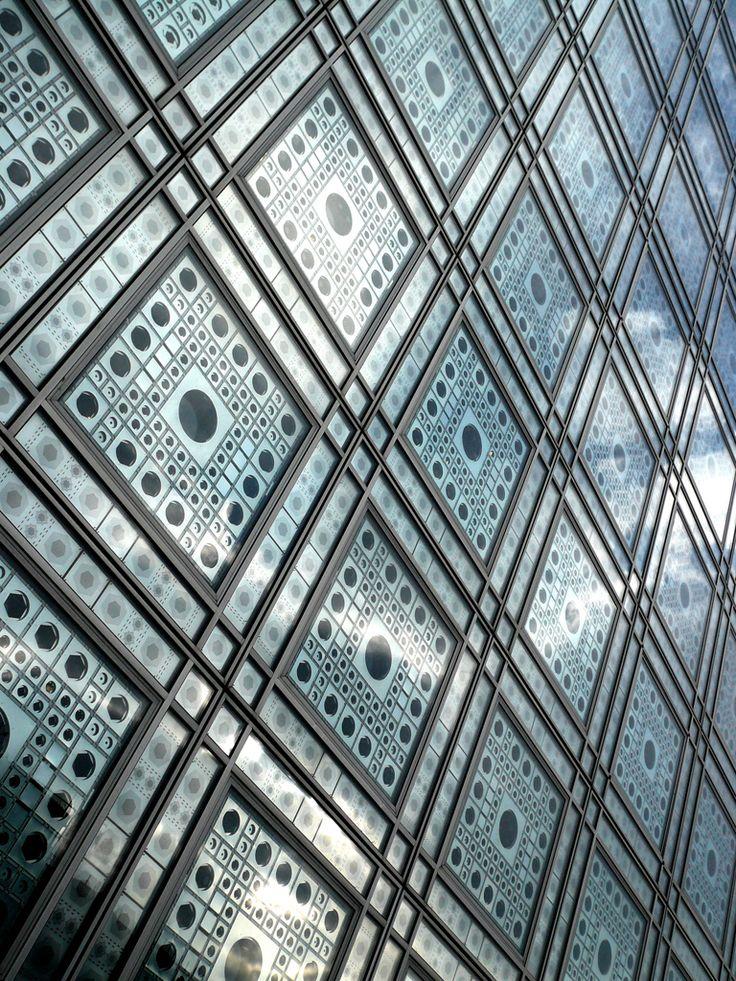 Arab Institute by Jean Nouvel / Arquitectura / www.facebook.com/catalogoarquitectura