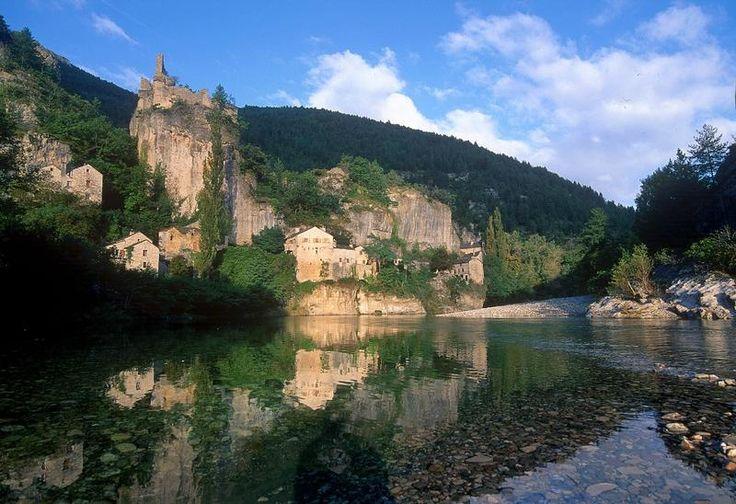 Gorges de Tarn - France. August 1999