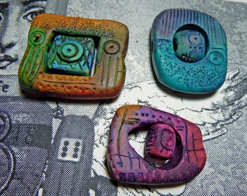 Clay and inks two-part focal beads. Gera Scott Chandler  #Polymer #Clay #Tutorials