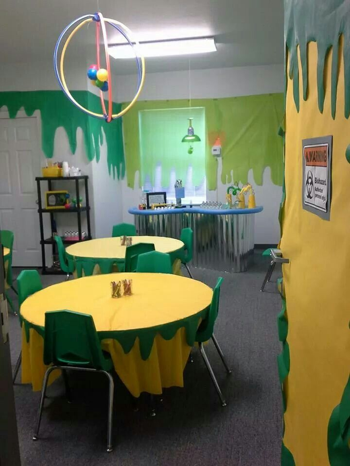 Agency D3 VBS Craft Lab- love the wall slime