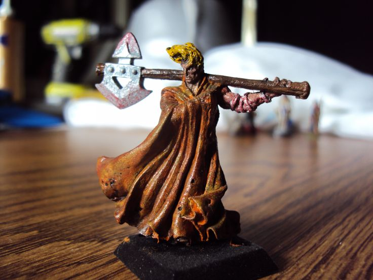 Human barbarian figure that I painted.