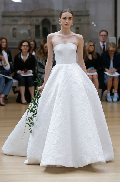 31 best Vestidos de novia Oscar de la Renta images on Pinterest ...