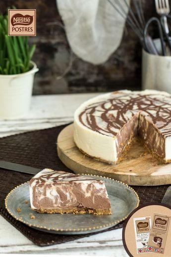 Tarta de queso marmolada con chocolate blanco y negro
