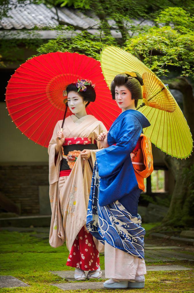 青葉色の和傘 / gaap - PHOTOHITO #舞妓 #京都 #Kyoto
