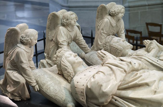 Le tombeau de François II, père d'Anne de Bretagne, sculpté par Michel Colombe. Une pure merveille à contempler dans la cathédrale.