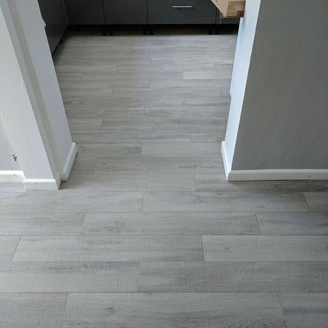 Woodland Grey Floor Tile Tileflair Tile Floor Grey Flooring Wood Effect Floor Tiles