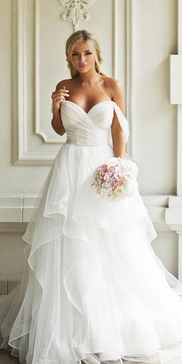 21 Fantastiska boho bröllopsklänningar med ärmar