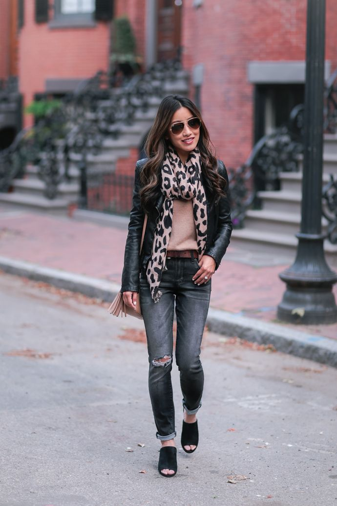 fall fashion // leopard scarf gray jeans outfit