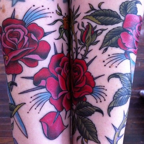 tattoo old school / traditional ink - flowers / roses