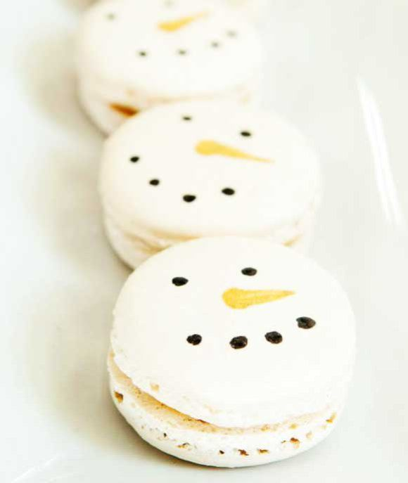Macaroons, Snowman and Christmas on Pinterest