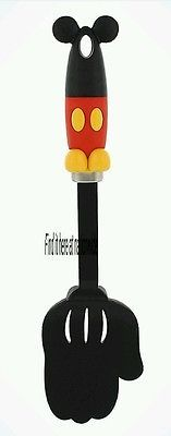 New Authentic Disney Parks Mickey Mouse Body Parts Spatula Flipper Kitchen Glove