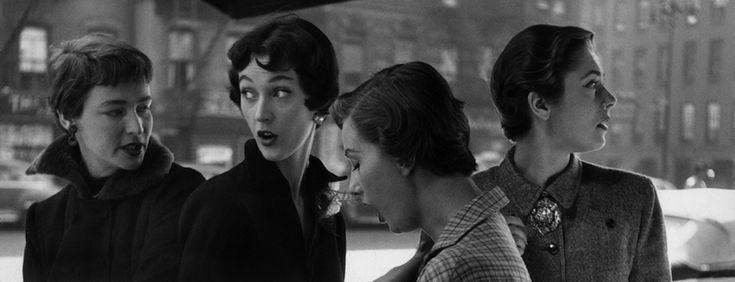 Gordon Parks, Modelle con taglio di capelli alla garçonne, New York, 1949