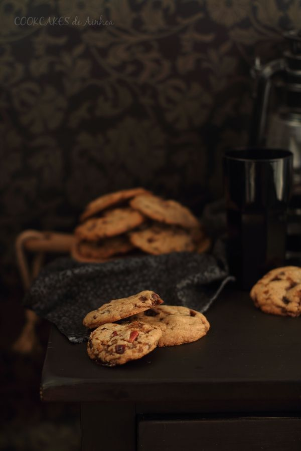 Cookies con chocolate, toffee y nueces pacanas  - Cookcakes de Ainhoa