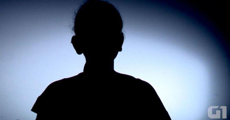 Alunas denunciam assédios envolvendo professores no ES http://g1.globo.com/espirito-santo/noticia/2015/09/alunas-denunciam-assedios-envolvendo-professores-no-es.html