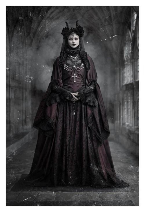 Gothic Model Morticia Eve In A Neo Victorian Outfit