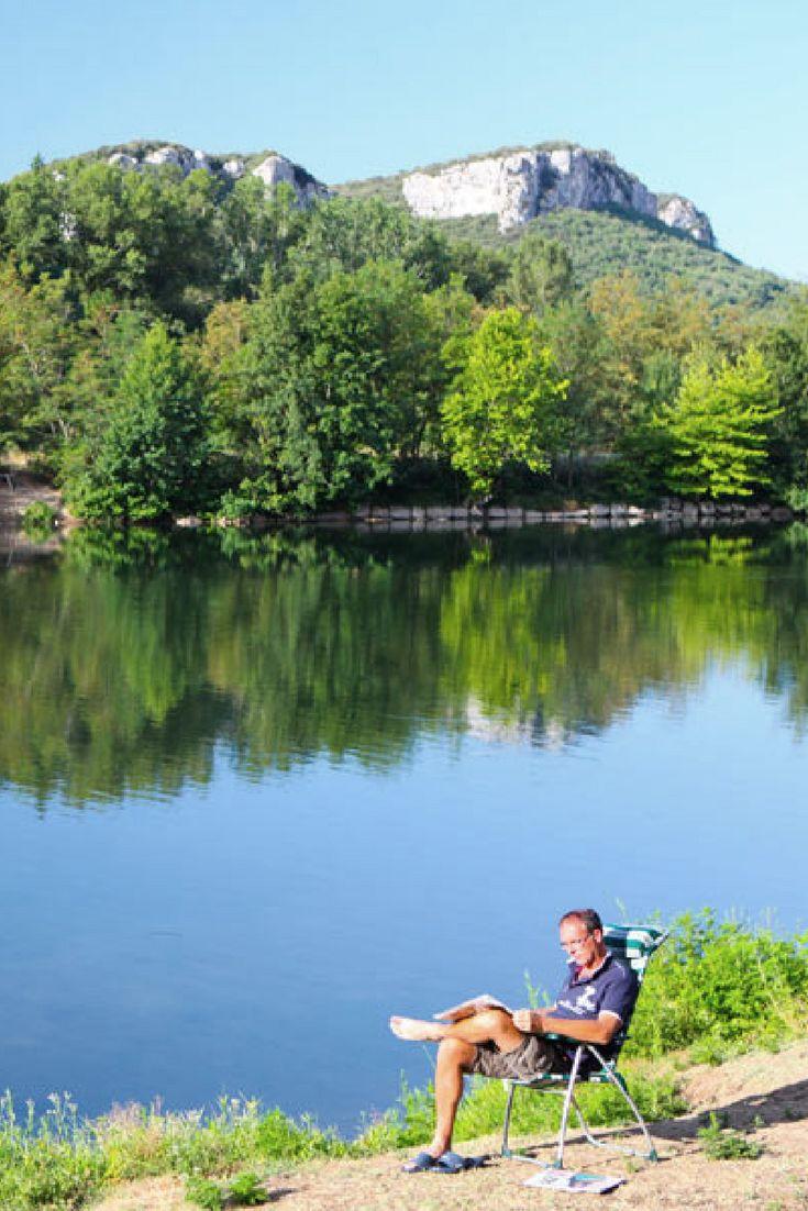 Rustige, groene camping la Roubine, Ardèche, Vallon Pont d'Arc. Gericht op gezinnen met kinderen tot een jaar of 12, en kleinschalig in vergelijking met andere campings in de nabije omgeving. Ideaal voor rustzoekers!