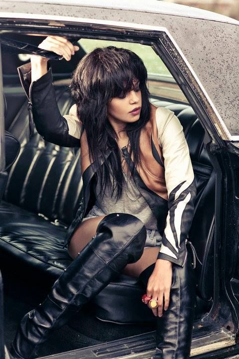 """FEFE DOBSON SHARES 'LEGACY' VIDEO: """"I WANT TO BE ROCKING LIKE TINA TURNER WHEN I'M HER AGE"""""""