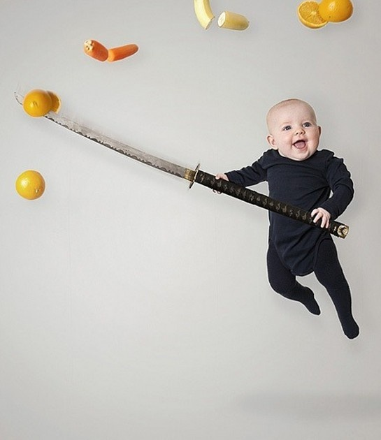 Adorable! A dad photographed his daughter as if she had superpowers. Click for more photos.