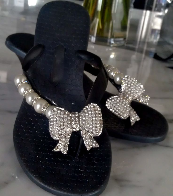 Tres Chic..Cest Moi!  By Flipinista, Your BFF (Best Flip Flop)  Registered Trademark <3