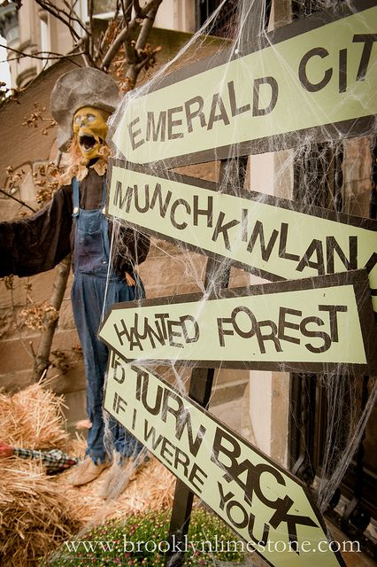 really brilliant wizard of oz themed halloween decorations