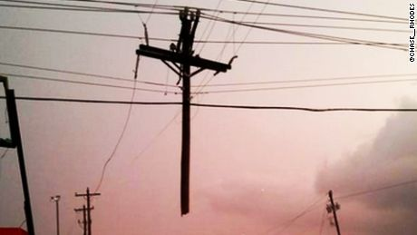 A photo of a cross in Tulsa, Oklahoma has gone viral after a tornado ripped through the town.