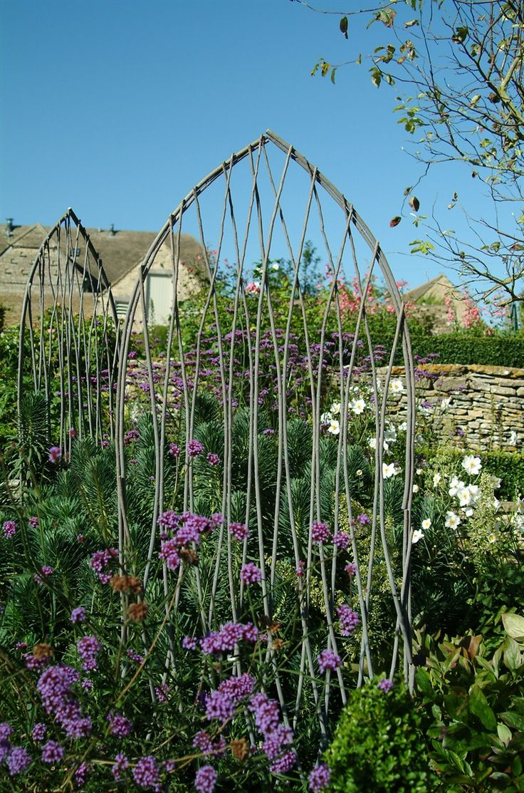 Diy plant supports - Set Of 2 Willow Trellis Plant Supports At Garden Trading