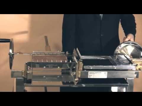 La macchina che taglia i cremini