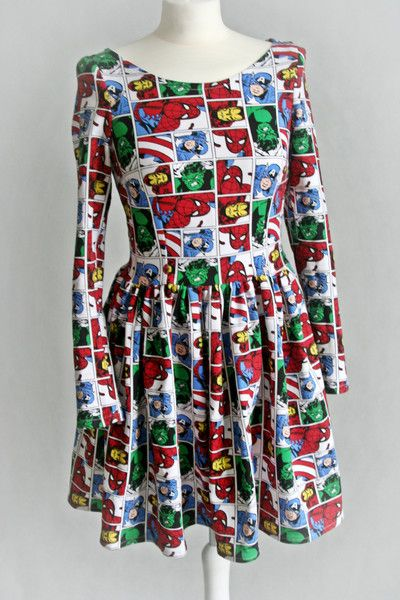 Dresowa sukienka Komiks - MatMari - Sukienki z dzianiny