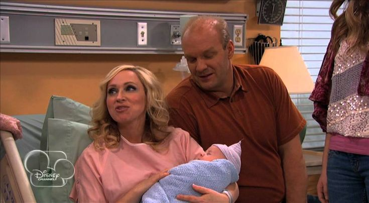 Good Luck Charlie - The New Baby is Born!