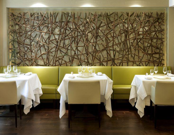 awesome small restaurant interior design ideas photos amazing - Modern Dining Room Wall Decor