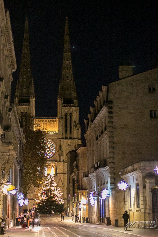photographe-illumination noel a bordeaux centre-ville-place-pey-berland-sapin-cathedrale-promenade-ste-catherine-renne-cours-intendance-by-modaliza-photo-1
