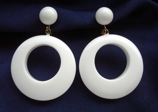1000+ images about 60s accessories on Pinterest | Pop art ...