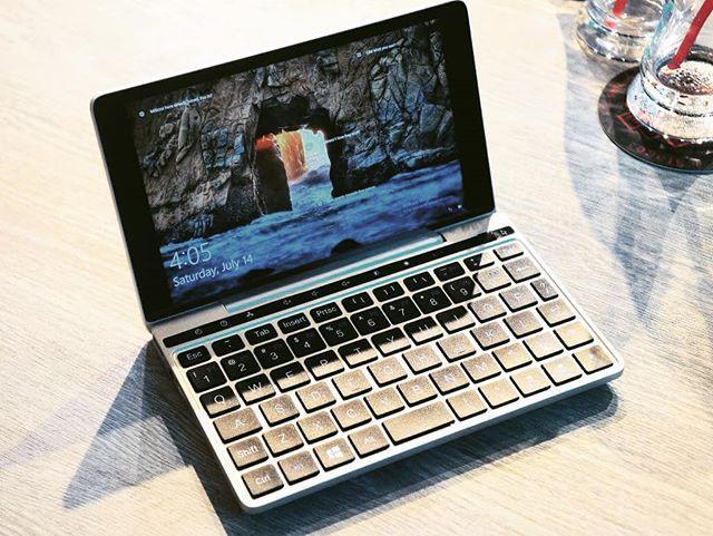 GPD Pocket 2 Gamepad Tablet PC Intel Core m3-7Y30 Quad core 7
