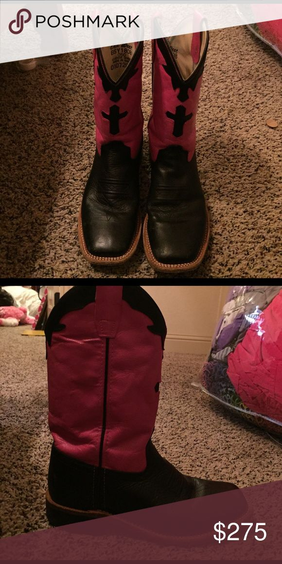Girls cowboy boots Pink and black cowboy boots with black cross in front. They have only slightly been worn. Shoes Boots