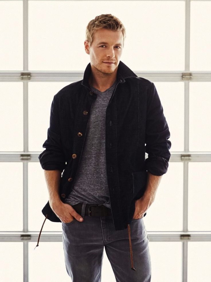 men-men-everywhere:  Rick Cosnett