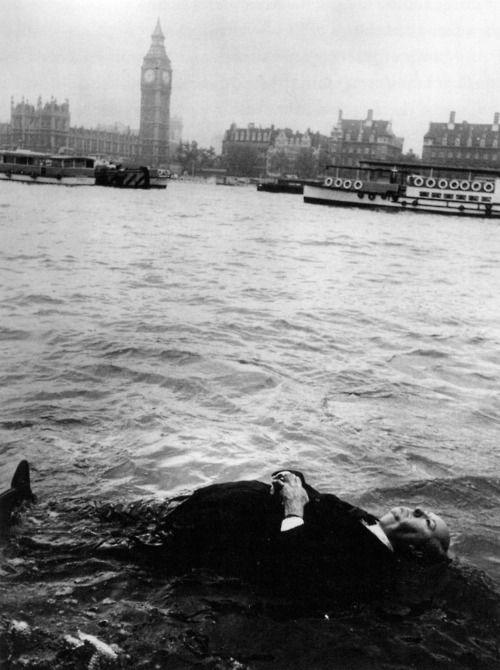 Alfred Hitchcock, London.