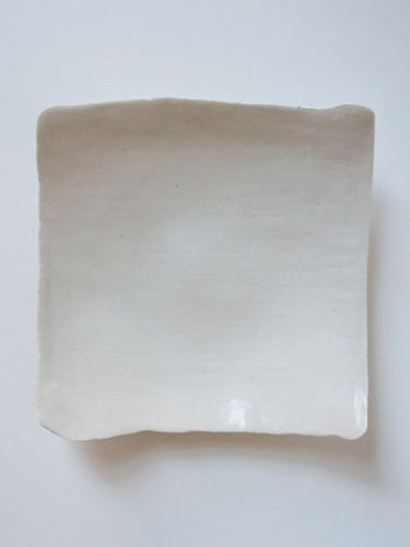 MACHA: Large square linen plate natural by Ovo. Artist Yuka Uchida's minimal idea was to create delicate, cloth-like dishes which would wrap items they hold. Perfect for holding jewelry items or used in a set for entertaining. $44 Brooklyn NYC #giftsunder$100 #giftsforher #giftsforhim #handcraftergifts