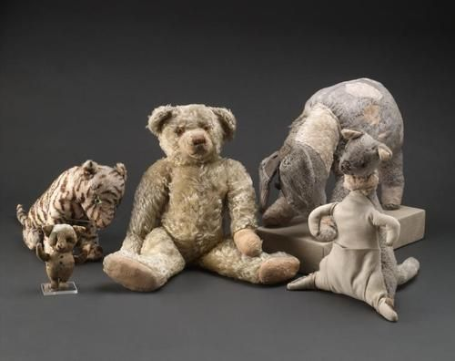 original stuffed animals that belonged to christopher robin - 1925