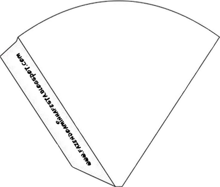 A imaginação não tem limites!!! Vejam que lindas formas de usar os moldes dos Cones de Guloseimas!!! O cone de guloseimas faz parte dos nossos Kits Completos Gratuitos. O molde Limpo: Você também pode gostar desses:Cone de Guloseimas de Coelho!Como fazer Saquinho para Cone GuloseimasNovo Molde!!! Cone de 4 Lados!Novidade! Molde Limpo e Decorado CalendárioMore