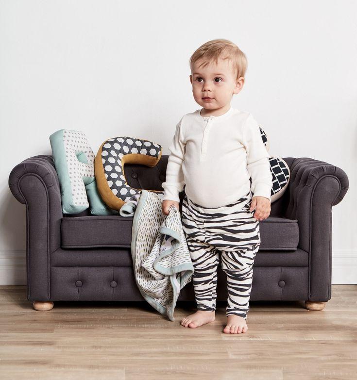 Kids Concept Kleines Kindersofa & Polstersofa dunkelgrau B 91cm - im Fantasyroom Shop online bestellen oder im Ladengeschäft in Lörrach kaufen. Besuchen Sie uns!